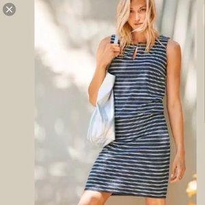 Athleta dress vida striped spilt Neck sleeveless M